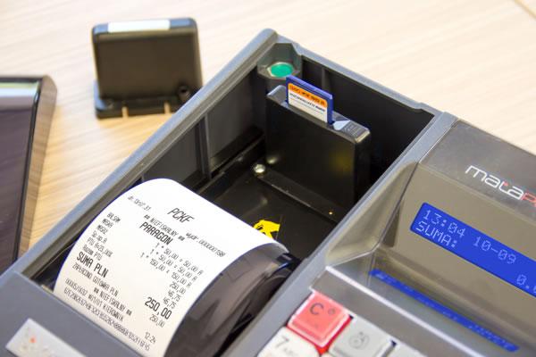 Kasa fiskalna Novitus Mała Plus E - Zapomnij o papierowych kopiach paragonów